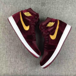 Air-Jordan-1-Red-Velvet-All-Red-Air-Jordan-1-Air-Jordan-1-velvet-gold-medal-Wine-Red-832596-640
