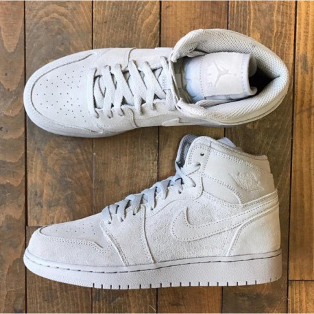 New Sale Air jordan 1 retro high grey suede deadstock suede material  705300-03 2601d7a8f