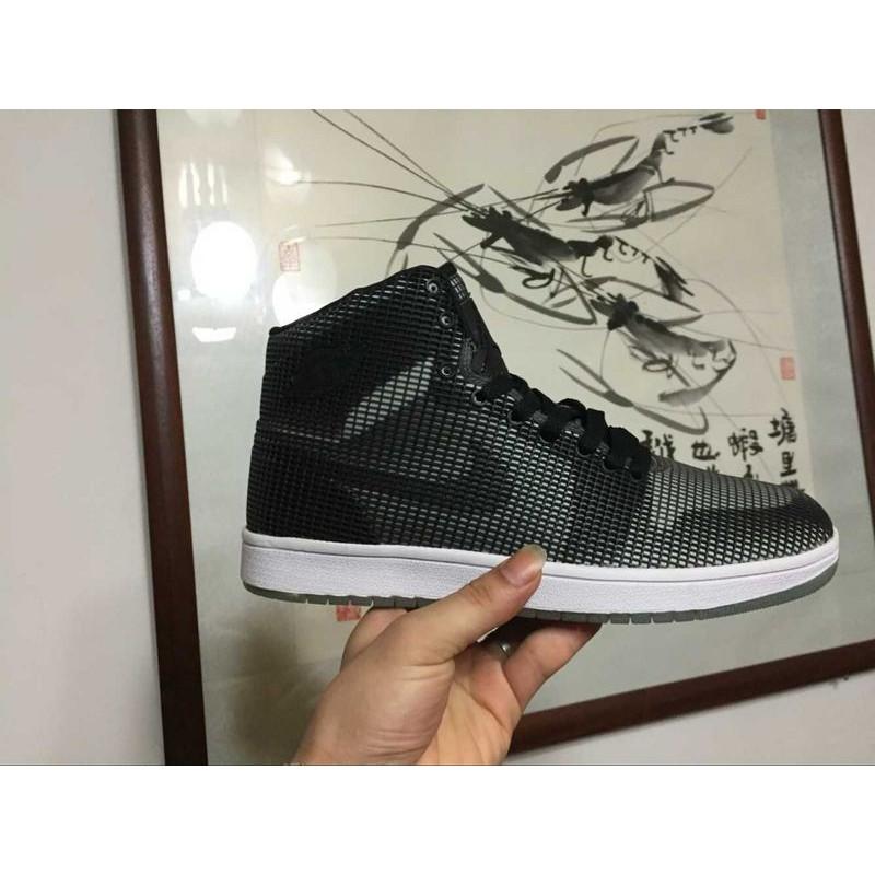 Air-Jordan-1-Black-Black-Air-Jordan-1-Bl