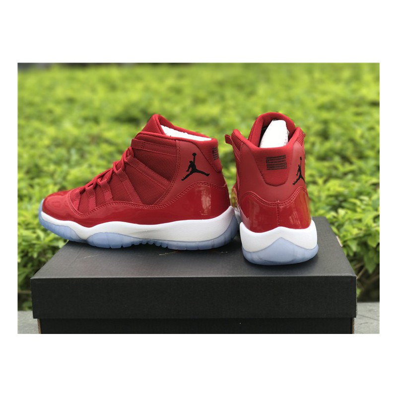 a782f2fb125 ... Jordan Retro 6 - Boys  Toddler - Basketball - Shoes - White White