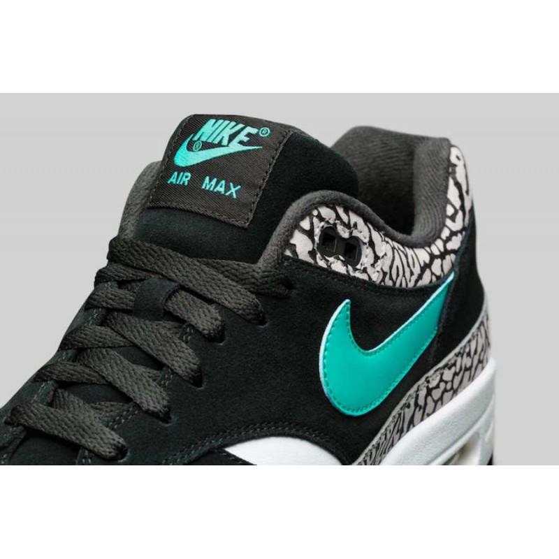 x Nike Air Max 1 Pack 923098-900