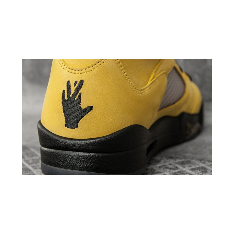 d85f6120f569ce Follow this store   the most expensive air jordan 5 fab 5 p ...