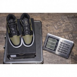 Air-Jordan-1-Green-Air-Jordan-1-MID-Green-Black-Marine-Green-Air-Jordan-1-MID-GS-554725-301-Olive-CanvasBlackWhite
