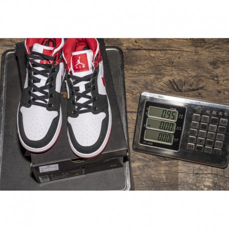 c36fbdc24a29 New Sale Christmas Black Toe Air Jordan 1 Mid GS White Plaid 554725-60