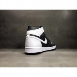 Nike-Air-Jordan-1-Retro-High-White-Black-Pure-Platinum-Air-Jordan-1-Retro-High-Grey-Black-High-Grey-Black-3M-Underply-Visible-O